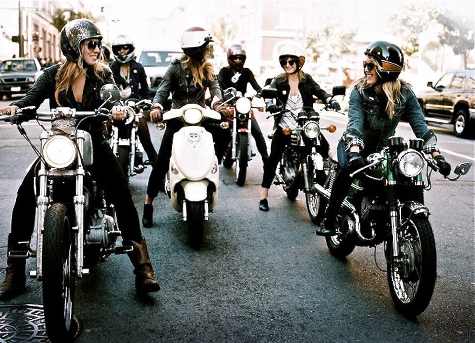 filles-moto